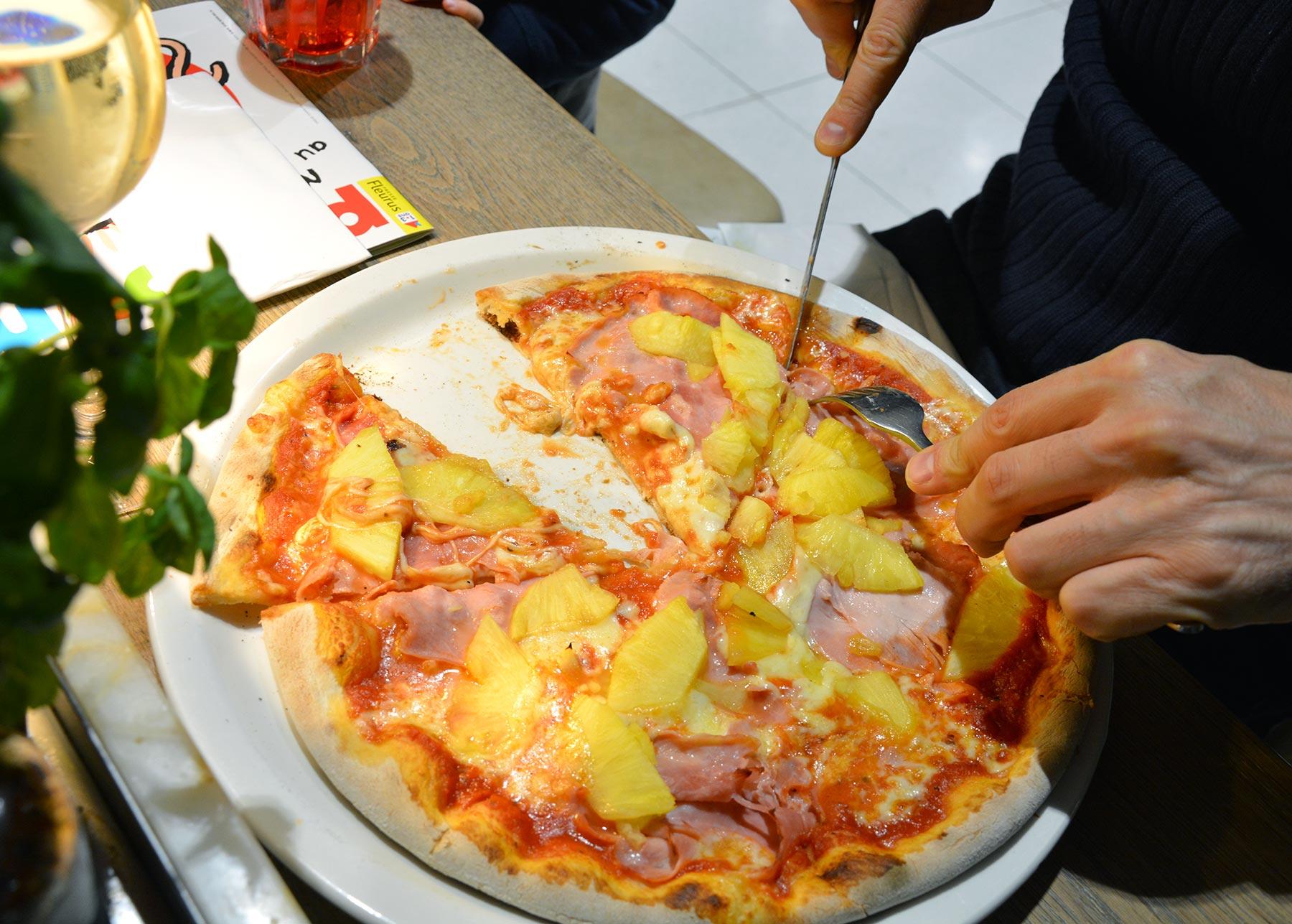 Pizza hawaïenne chez Vapiano Atlantis