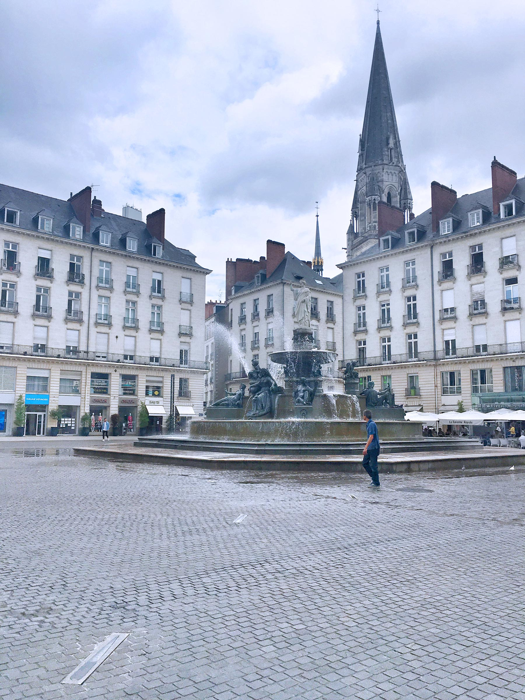 Sortie de fontaine de Michel Blazy, oeuvre du Voyage à Nantes 2018