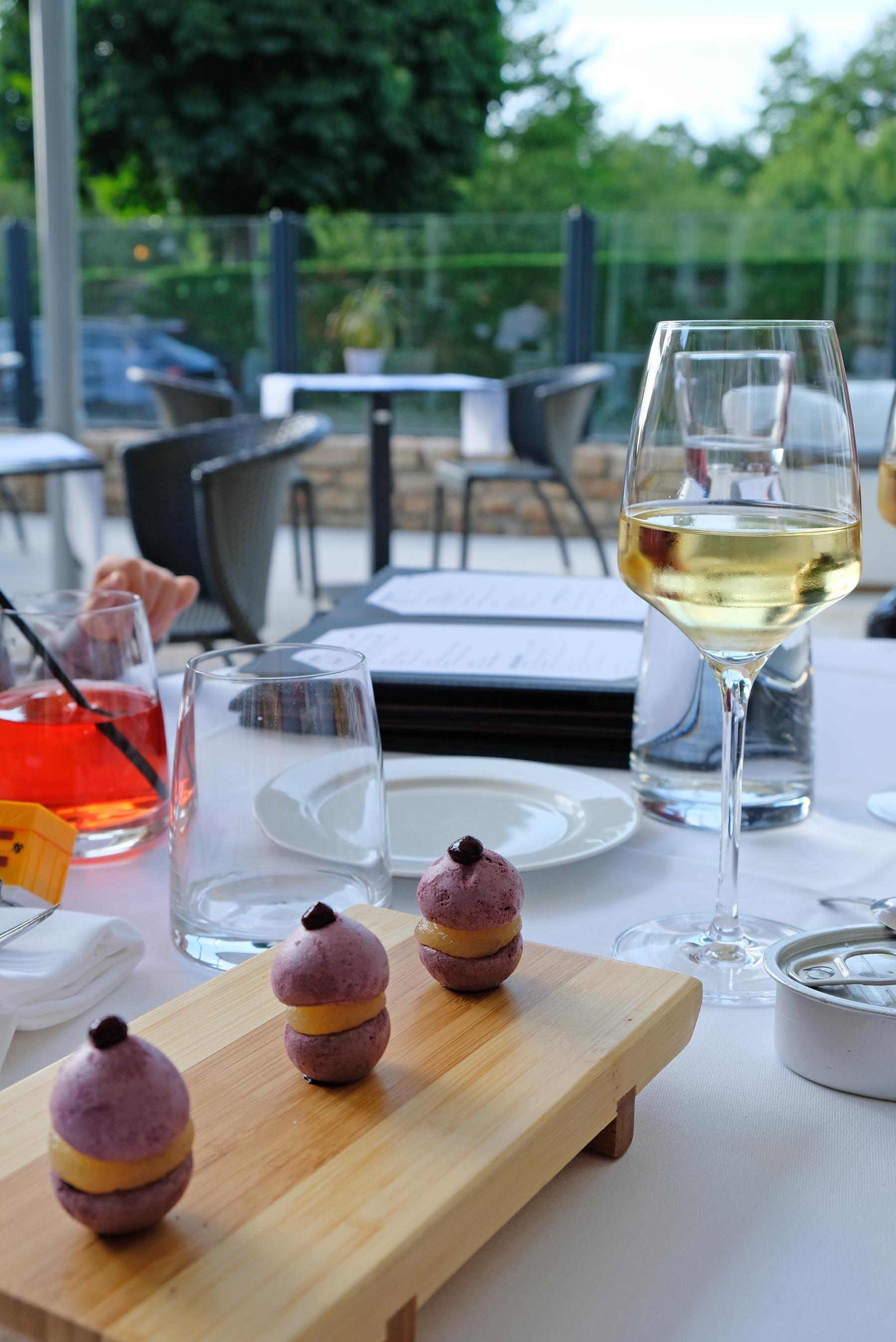 Repas gourmand au restaurant gastronomique Le manoir de la régate